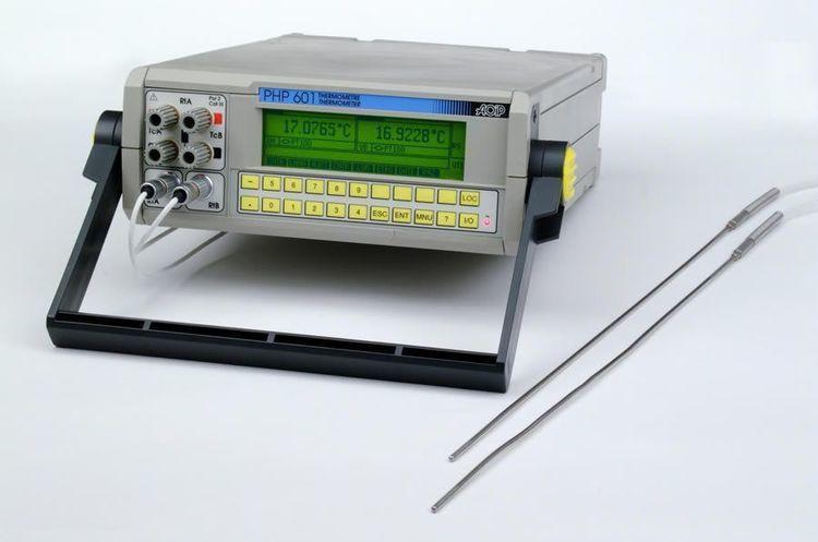 Thermomètre de référence AOIP PHP601